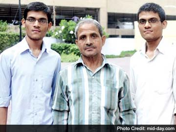 Mumbai Twins Crack IIT-JEE, Bus Driver Father Doesn't Know What it is