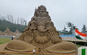 A Sand Artist is the First Indian to get World Champion title at USF World Championship