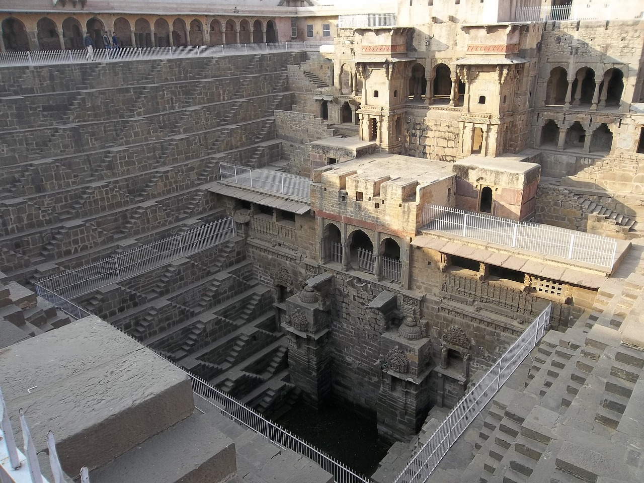 5,000-year-old stepwell found