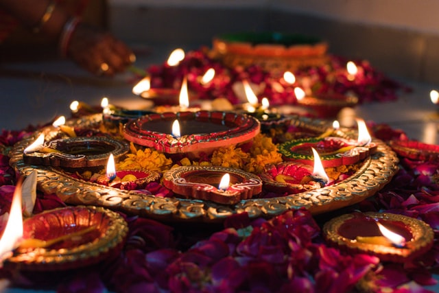 """Winners of the """"What Makes Your Diwali Special"""" contest"""