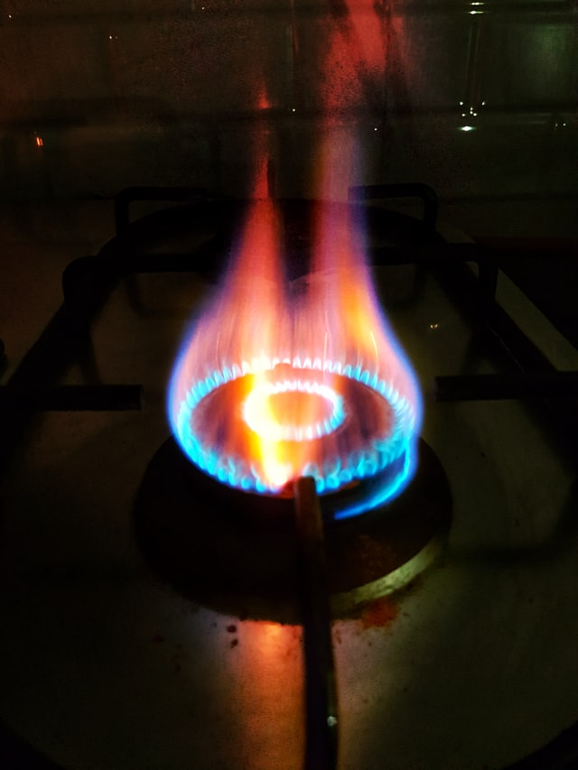 Precautions to take when using gas cylinders