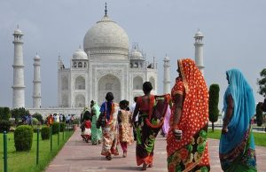 E-visa boosts India tourism