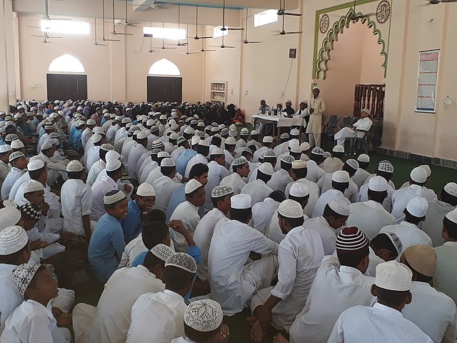 Madrasas to be derecognized by Maharashtra government