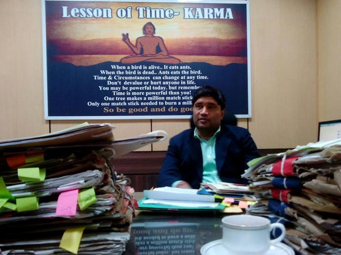 Sanjiv Chaturvedi donates Award Money