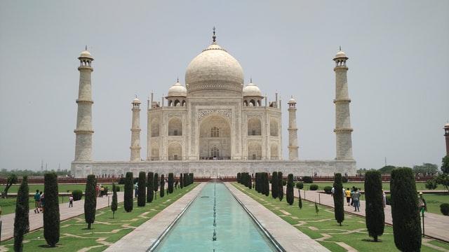 Visit Taj Mahal in Bengaluru