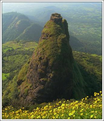 Adventurous journey to Kalavantin Durg