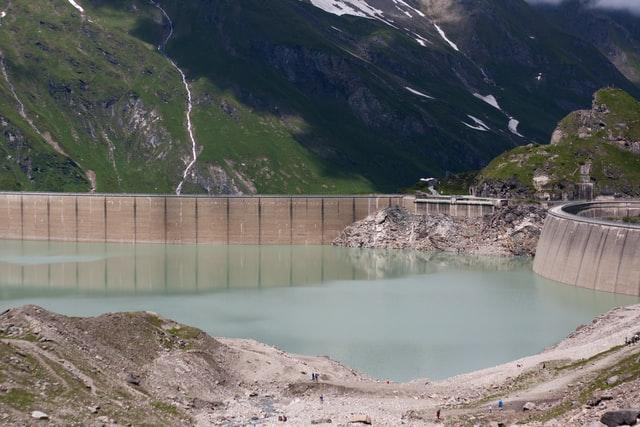 Only 11 percent water left in Koyana Dam