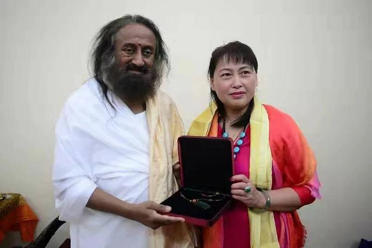 Sri Sri Ravi Shankar to address French Parliament