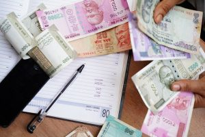 PIL in HC demands to declare ₹2,000 note invalid