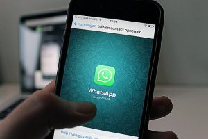 How to get Whatsapp in your language