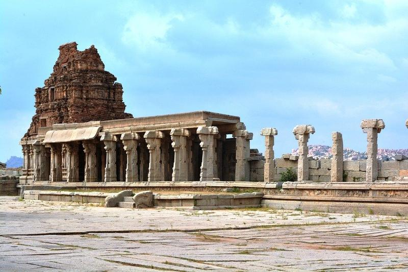 Visit Hampi before it's too late