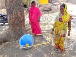 Amazing water wheel helping women