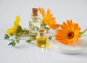 Treat back pain naturally with oils