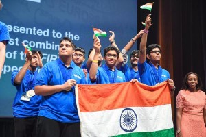 Indian students make water cleaning Robot