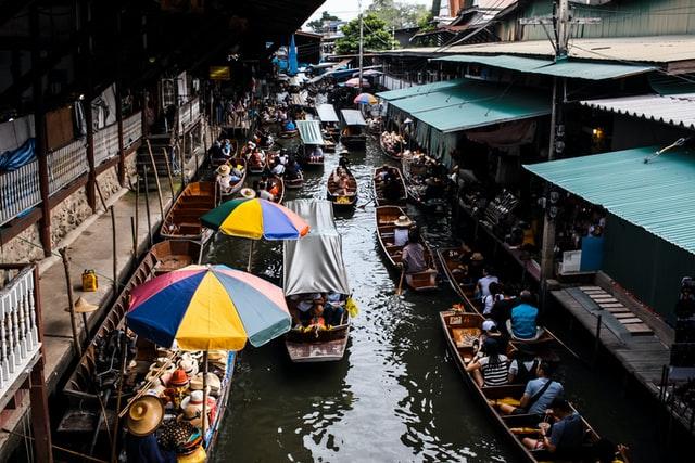 Kolkata to get a floating market
