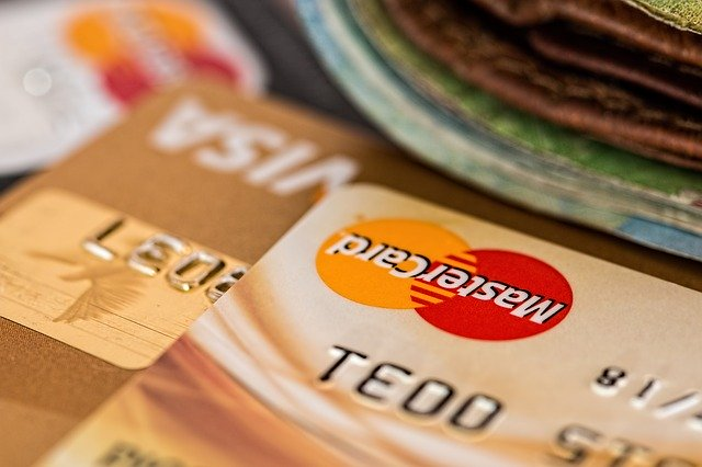 Why you should use a credit card?