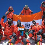 Farmer's daughter climbs mount Everest