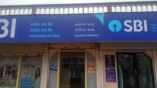 SBI reduces minimum balance charges