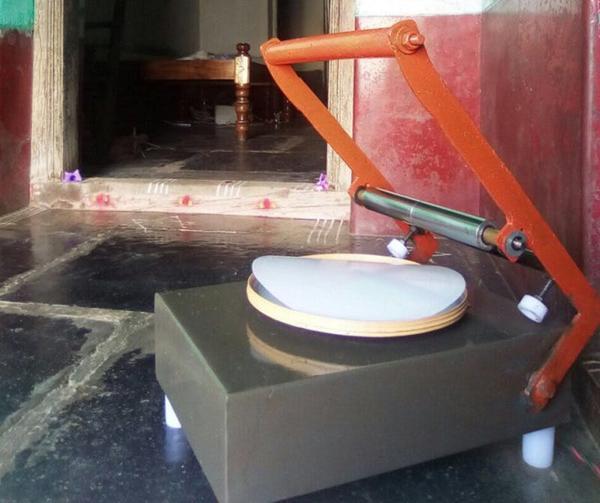 Rural roti maker that can make 180 rotis per hour