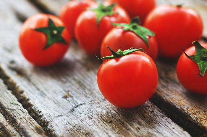 Ill effects of eating excess tomatoes