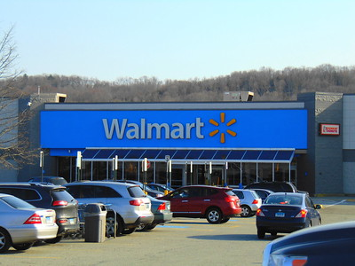 American Journalist warns about Walmart