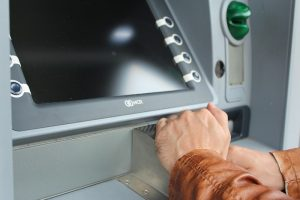 Dos and don'ts while using ATM