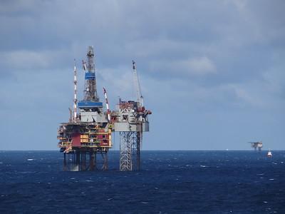 India to buy Iranian oil in November