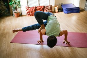 Tips to avoid common yoga injuries