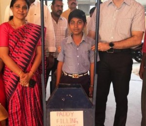 Paddy-filling machine helps labourers