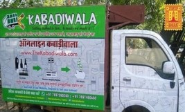 Online Kabadiwala collects waste