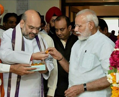 Modi meets Amit Shah to finalize cabinet