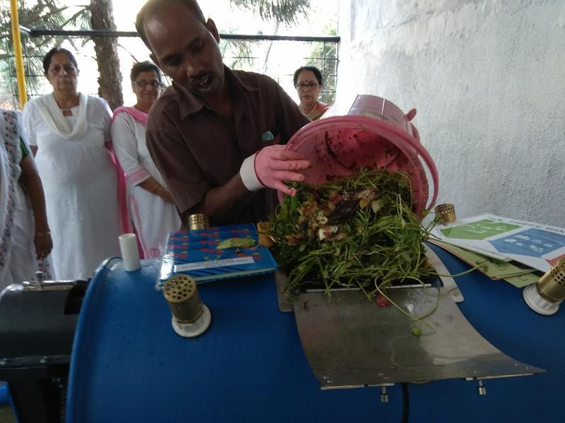 Mumbai society converts trash to Manure
