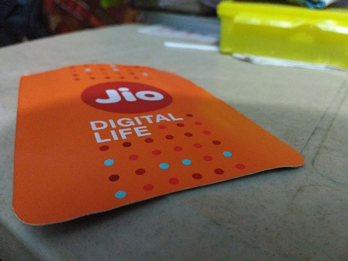 Jio to charge outgoing calls to other networks