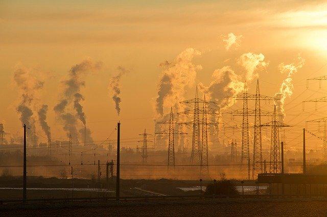 Delhi's Air Quality Index crosses 700
