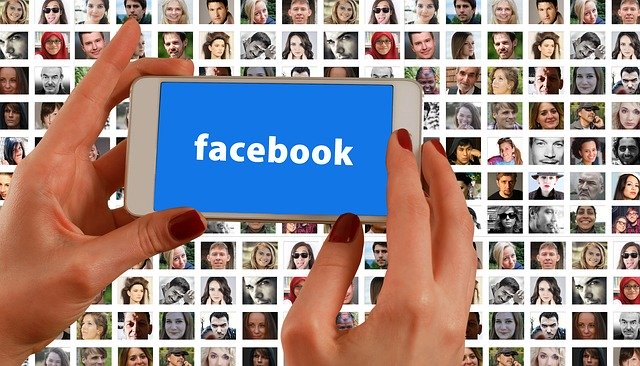 Facebook's internal app allows identification of coworkers