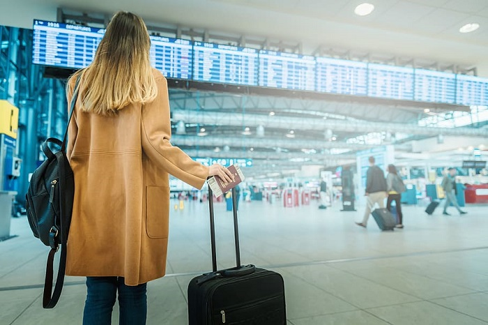 Financial tasks to do while moving abroad