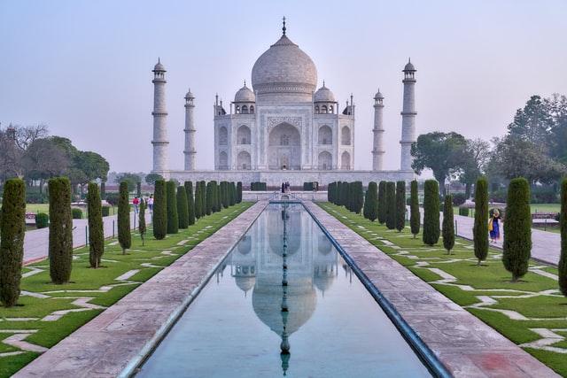 Taj Mahal to Shut Down Amid COVID-19 Outbreak