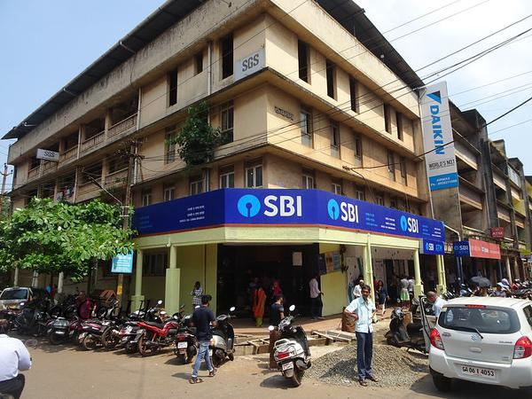 SBI removes minimum balance requirement
