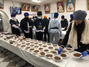 Sikh community offers free meals for isolated people in US