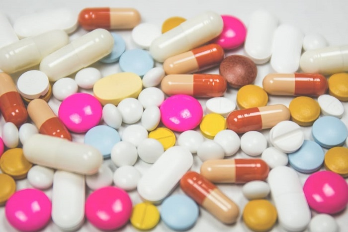 Home deliver medicines in containment zones: Home Ministry