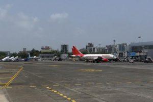 Government updates self-declaration form airplane passengers