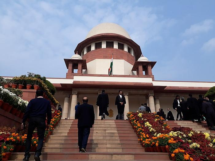 SC suggests Centre put farm laws on hold