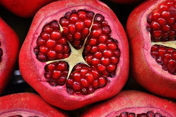 Benefits of pomegranate tea