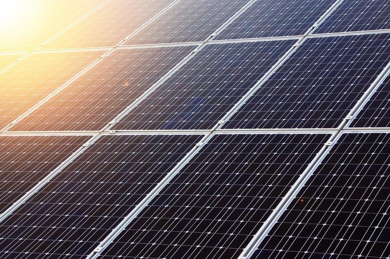Farmer builds Solar-powered car