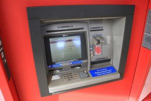 Banks have to pay penalty if cash-out at ATMs