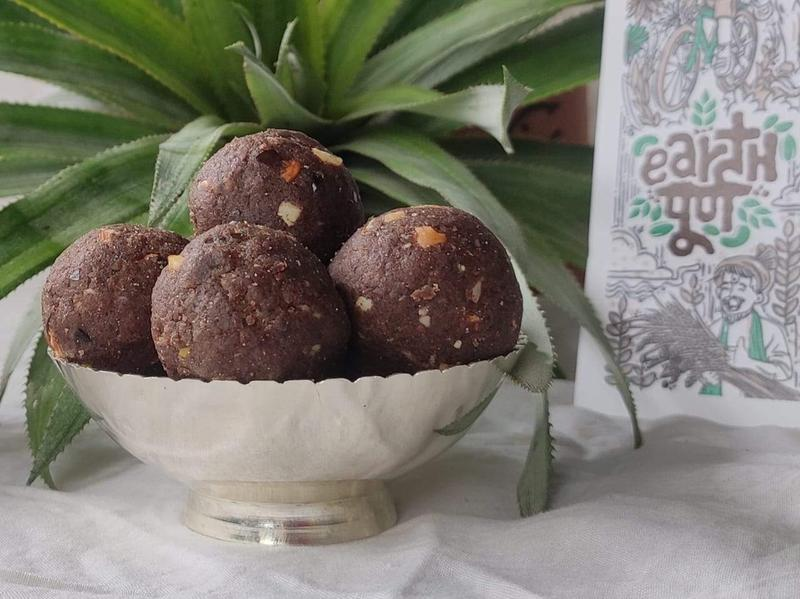 EarthPoorna offers delicious and nutritious snacks